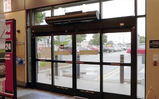 Retail air barrier