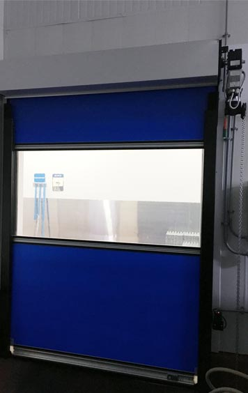 Egg Solutions High-Speed Fabric Roll-Up Freezer Door Inside