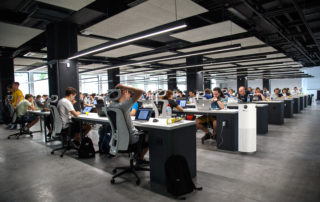 JADE in an open workspace with 40 people
